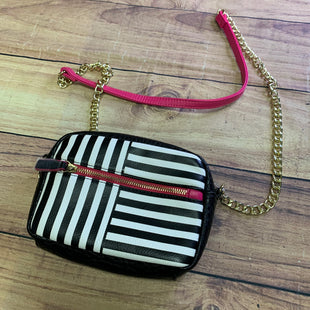 Primary Photo - BRAND: N/A STYLE: HANDBAG COLOR: MULTI SIZE: SMALL OTHER INFO: BLACK/WHITE/HOTPINK SKU: 257-25774-16397.