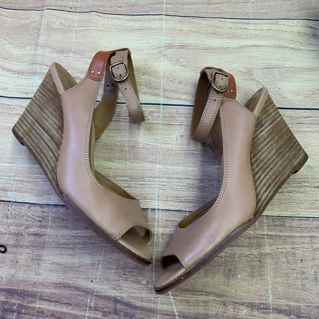 Primary Photo - BRAND: LUCKY BRAND <BR>STYLE: SANDALS HIGH <BR>COLOR: TAN <BR>SIZE: 9.5 <BR>SKU: 257-25750-1586
