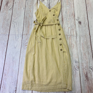 Primary Photo - BRAND: ALTARD STATE STYLE: DRESS LONG SLEEVELESS COLOR: WHITE YELLOW SIZE: M OTHER INFO: BROWN BUTTONS SKU: 257-257100-1930