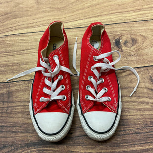 Photo #1 - BRAND: CONVERSE STYLE: SHOES ATHLETIC COLOR: RED WHITE SIZE: 6 SKU: 257-25774-16433
