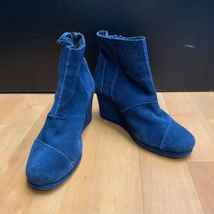 Primary Photo - BRAND: TOMS STYLE: BOOTS ANKLE COLOR: BLUE SIZE: 7 OTHER INFO: SLIGHT WEAR AROUND BOOTS SKU: 257-25773-26146