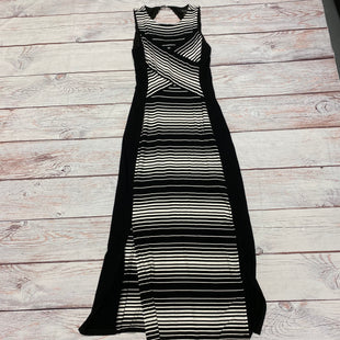 Primary Photo - BRAND: WHITE HOUSE BLACK MARKET STYLE: DRESS LONG SLEEVELESS COLOR: BLACK WHITE SIZE: S SKU: 257-25774-12354