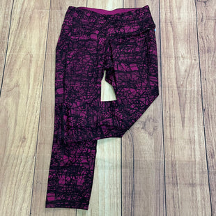 Athletic Capris By Old Navy  Size: Xs - BRAND: OLD NAVY STYLE: ATHLETIC CAPRIS COLOR: FUSCHIA SIZE: XS OTHER INFO: FUSCHIA & BLACK SKU: 257-25748-6002
