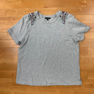 Primary Photo - BRAND: LANE BRYANT STYLE: SWEATER SHORT SLEEVE COLOR: GREY SIZE: 1X OTHER INFO: SWEATSHIRT-FLORAL EMRBOIDERY-PURPLE/SAGE/MAUVE SKU: 257-25748-4354