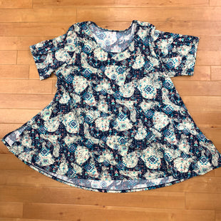 Top Short Sleeve Basic By Lularoe  Size: 3x - BRAND: LULAROE STYLE: TOP SHORT SLEEVE BASIC COLOR: MULTI SIZE: 3X OTHER INFO: DISNEY PRINCESS-CREA SKU: 178-178157-2785