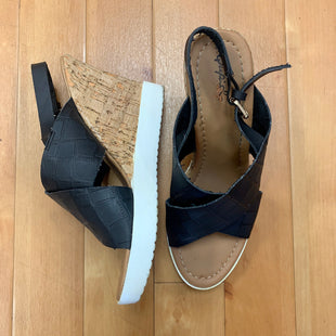 Primary Photo - BRAND: QUPID STYLE: SANDALS HIGH COLOR: BLACK SIZE: 8 OTHER INFO: CORK WEDGE SKU: 257-257180-62