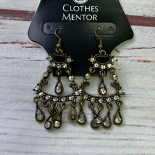 Primary Photo - BRAND:    CLOTHES MENTOR STYLE: EARRINGS SKU: 257-25748-8501
