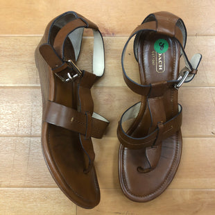 Primary Photo - BRAND: COACH STYLE: SANDALS LOW COLOR: BROWN SIZE: 8 SKU: 217-217152-2145