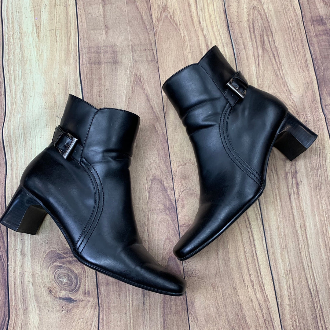 Primary Photo - BRAND: PREDICTIONS <BR>STYLE: BOOTS ANKLE <BR>COLOR: BLACK <BR>SIZE: 11 <BR>SKU: 257-257100-464