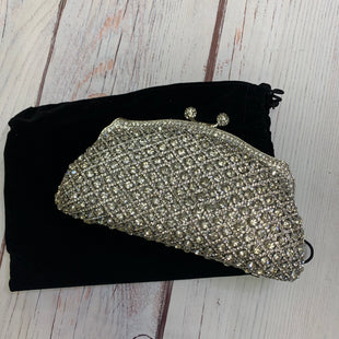Primary Photo - BRAND:    MILISENTESTYLE: CLUTCH COLOR: SILVER OTHER INFO: MILISENTE - STONE STUDDED CLUTCH SKU: 257-257194-444