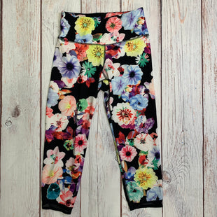Athletic Capris By Old Navy  Size: M - BRAND: OLD NAVY STYLE: ATHLETIC CAPRIS COLOR: FLOWERED SIZE: M SKU: 257-25748-4749