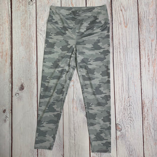 Athletic Capris By Kyodan  Size: M - BRAND: KYODAN STYLE: ATHLETIC CAPRIS COLOR: CAMOFLAUGE SIZE: M OTHER INFO: GREY SKU: 257-257183-2282