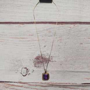 Primary Photo - BRAND:    CLOTHES MENTOR STYLE: NECKLACE COLOR: PURPLE OTHER INFO: PURPLE SQUARE STONE SKU: 257-257194-2285