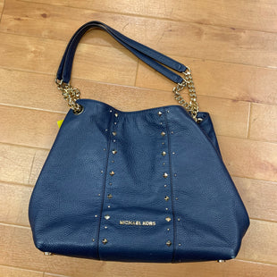 Primary Photo - BRAND: MICHAEL BY MICHAEL KORS STYLE: HANDBAG DESIGNER COLOR: NAVY SIZE: MEDIUM OTHER INFO: GOLD STUDDED SKU: 257-257183-1923