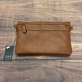 Primary Photo - BRAND:    CLOTHES MENTOR STYLE: HANDBAG COLOR: BROWN SIZE: SMALL OTHER INFO: SUSAN JOY - CROSSBODY SKU: 257-257194-2681