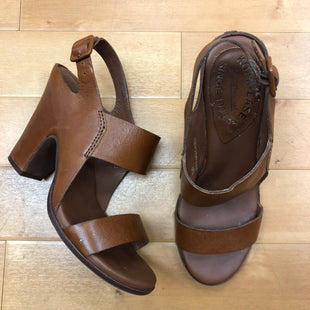 Primary Photo - BRAND: KORK EASE STYLE: SANDALS HIGH COLOR: BROWN SIZE: 7 SKU: 257-25786-4133