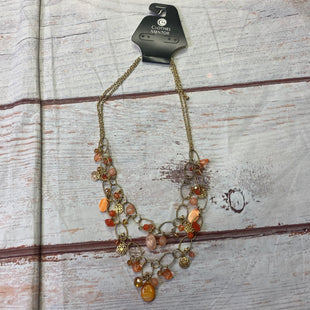 Primary Photo - BRAND:    CLOTHES MENTOR STYLE: NECKLACE COLOR: ORANGE SKU: 257-25750-1033