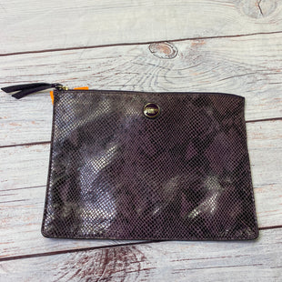 Primary Photo - BRAND: COACH STYLE: CLUTCH COLOR: PURPLE SIZE: LARGE SKU: 257-25748-7431