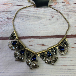 Primary Photo - BRAND:    CHLOE AND ISOBELSTYLE: NECKLACE COLOR: BLUE OTHER INFO: CHLOE AND ISOBEL - TEARDROP FLOWERS SKU: 257-25797-1089