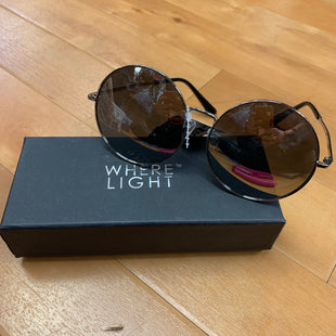 Primary Photo - BRAND:    WHERE LIGHTSTYLE: SUNGLASSES OTHER INFO: WHERE LIGHT SKU: 257-257179-518