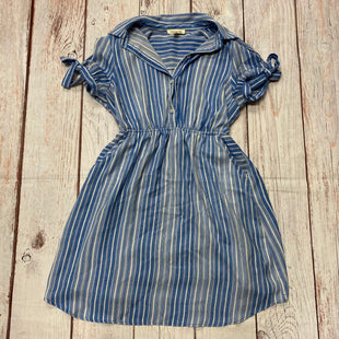 Primary Photo - BRAND: MONTEAU STYLE: DRESS SHORT SHORT SLEEVE COLOR: BLUE WHITE SIZE: L OTHER INFO: SINCHED WAIST/TIE SHOULDER SKU: 257-257183-769