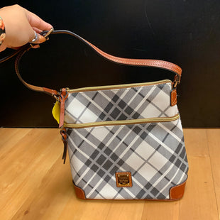 Primary Photo - BRAND: DOONEY AND BOURKE STYLE: HANDBAG DESIGNER COLOR: PLAID SIZE: MEDIUM OTHER INFO: BLACK/WHITE SKU: 257-257179-717