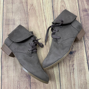 Primary Photo - BRAND:   AMS STYLE: BOOTS ANKLE COLOR: TAUPE SIZE: 8 OTHER INFO: AMS - SKU: 257-25786-5639