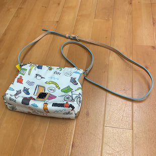 Primary Photo - BRAND: DOONEY AND BOURKE STYLE: HANDBAG DESIGNER COLOR: WHITE SIZE: SMALL OTHER INFO: IRONMAN PRINT NYLON XBODY SKU: 257-25786-5133