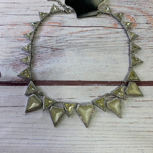 Primary Photo - BRAND:    CHLOE AND ISOBELSTYLE: NECKLACE COLOR: YELLOW OTHER INFO: CHLOE AND ISOBEL - TRIANGLES SKU: 257-25797-1102