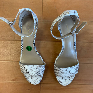 Primary Photo - BRAND: ANN TAYLOR STYLE: SANDALS FLAT COLOR: ANIMAL PRINT SIZE: 6.5 OTHER INFO: BLK/WHT SNAKESKIN SKU: 257-257180-195