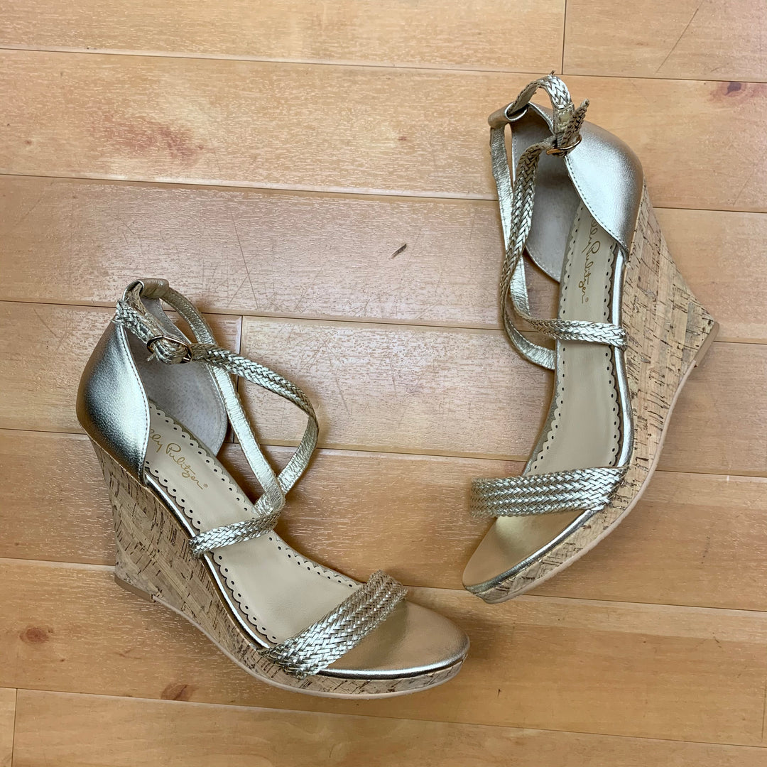 Sandals High By Lilly Pulitzer  Size: 9 - BRAND: LILLY PULITZER <BR>STYLE: SANDALS HIGH <BR>COLOR: GOLD <BR>SIZE: 9 <BR>SKU: 217-217104-29996