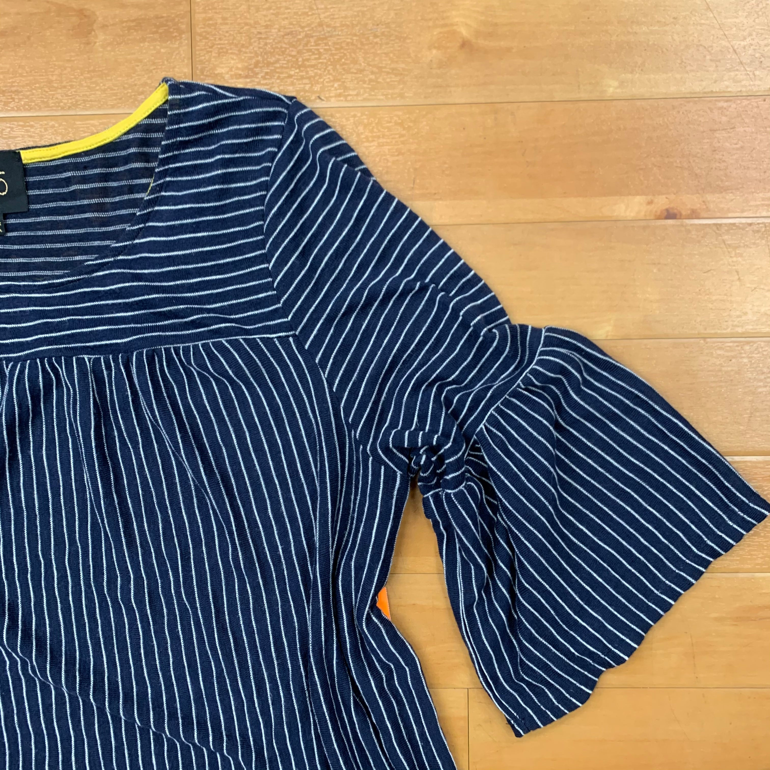 Top Short Sleeve By W5  Size: 2x - BRAND: W5 <BR>STYLE: TOP SHORT SLEEVE <BR>COLOR: STRIPED <BR>SIZE: 2X <BR>OTHER INFO: NAVY AND WHITE STRIPED <BR>SKU: 257-25758-398