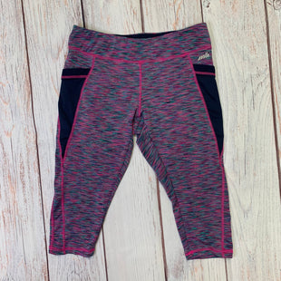 Athletic Capris By Avia  Size: M - BRAND: AVIA STYLE: ATHLETIC CAPRIS COLOR: PINK SIZE: M OTHER INFO: PINK NAVY GREEN SKU: 257-25758-552