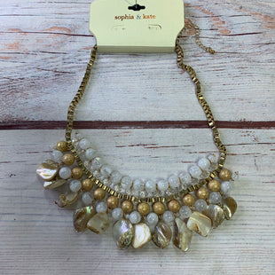 Primary Photo - BRAND:    CLOTHES MENTOR STYLE: NECKLACE COLOR: GOLD OTHER INFO: SOPHIA & KATE - NEW! STONE SHELL SKU: 257-25773-26196R