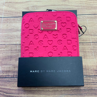 Primary Photo - BRAND: MARC BY MARC JACOBS STYLE: ACCESSORY TAG COLOR: HOT PINK OTHER INFO: NEW! SKU: 257-257153-234