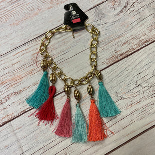 Primary Photo - BRAND:    CLOTHES MENTOR STYLE: ACCESSORY LABEL COLOR: TROPICAL OTHER INFO: GOLD W/FRINGE SKU: 257-257180-375