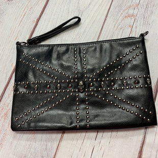 Primary Photo - BRAND:    CLOTHES MENTOR STYLE: CLUTCH COLOR: BLACK SILVER OTHER INFO: SKULLS SKU: 257-25748-7237