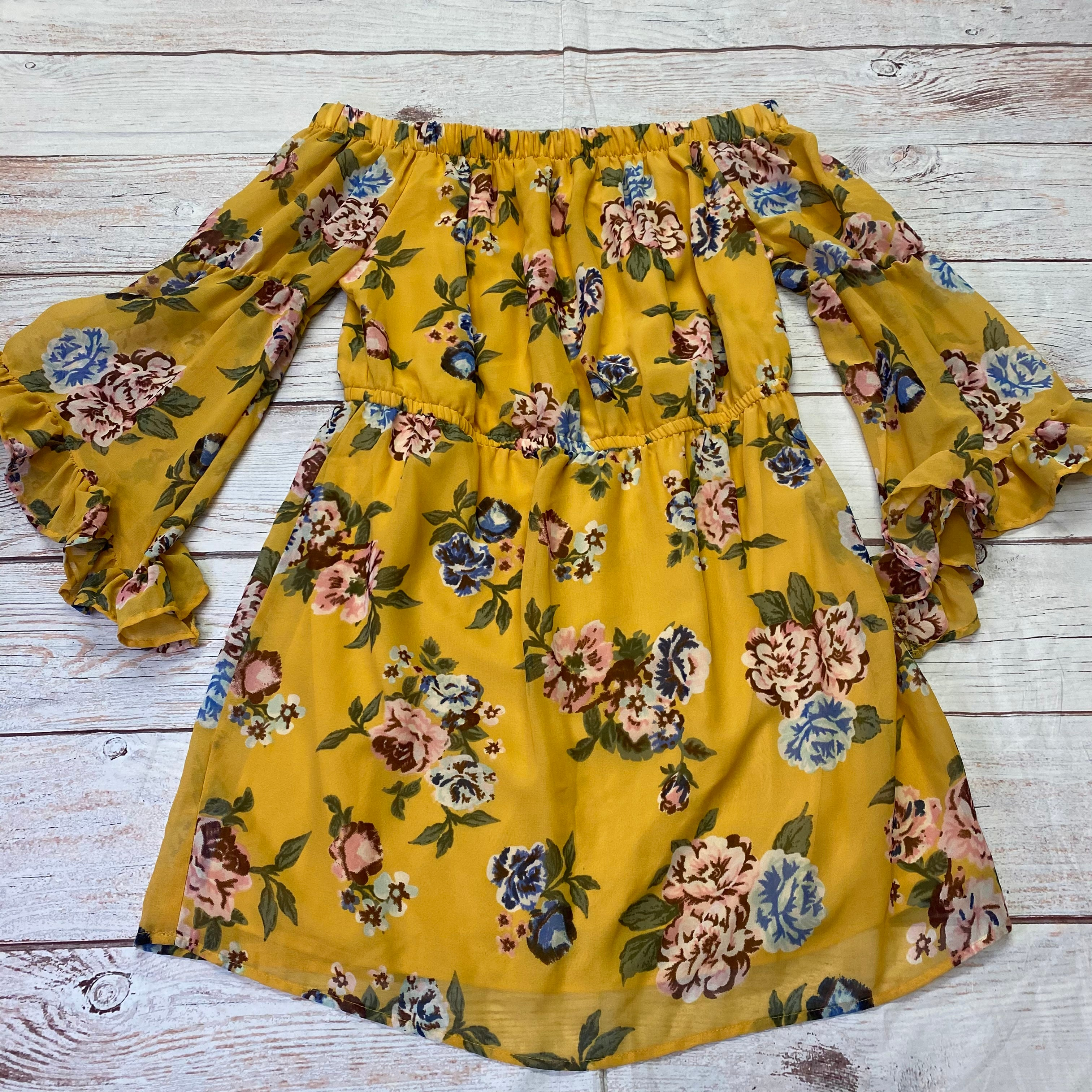 Primary Photo - BRAND: INDULGE <BR>STYLE: DRESS SHORT LONG SLEEVE <BR>COLOR: FLORAL <BR>SIZE: 3X <BR>OTHER INFO: FRILL SLEEVES/YELLOW/GREEN/RED <BR>SKU: 257-25774-16608
