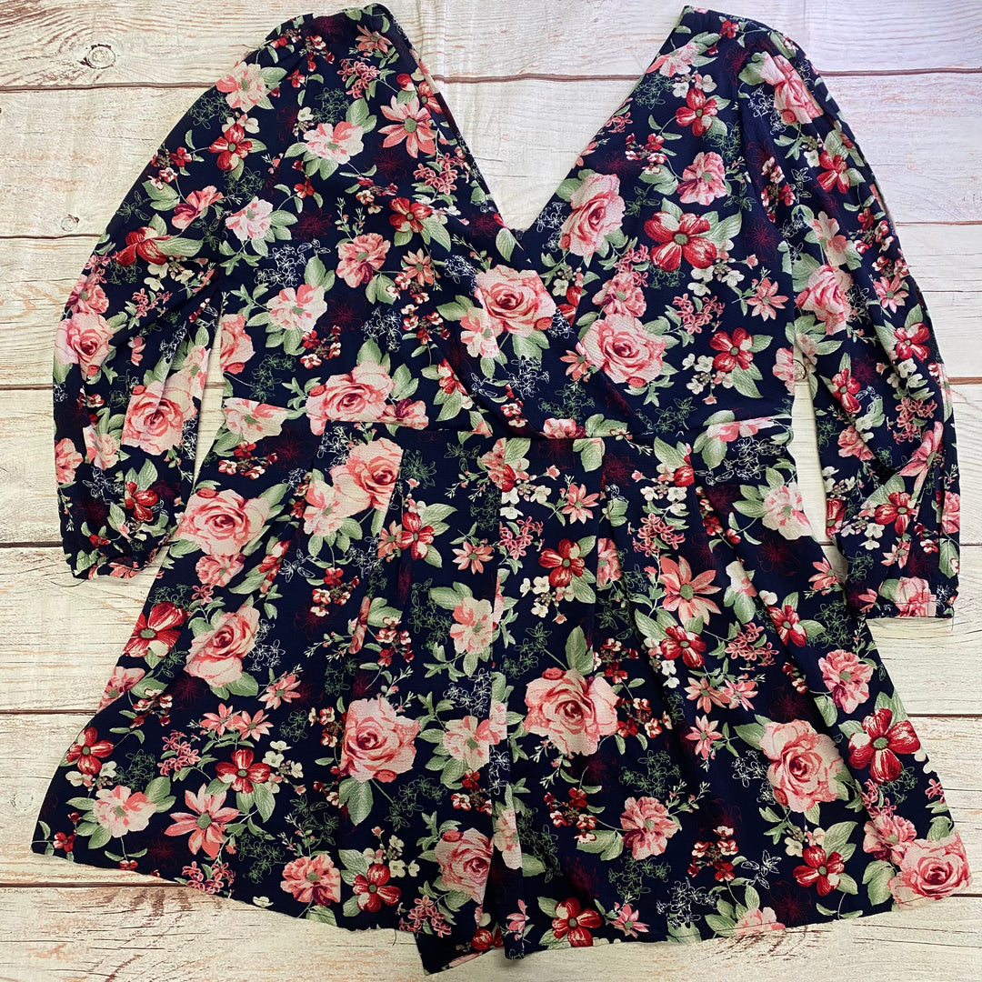 Primary Photo - BRAND:    CLOTHES MENTOR <BR>STYLE: TOP LONG SLEEVE <BR>COLOR: FLORAL <BR>SIZE: 2X <BR>OTHER INFO: TOXIK3 - PINK ROSES ON NAVY <BR>SKU: 257-25750-746