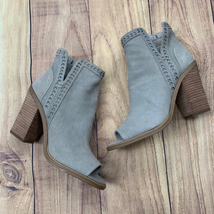 Primary Photo - BRAND: VINCE CAMUTO STYLE: BOOTS ANKLE COLOR: GREY SIZE: 7 OTHER INFO: SILVER STUDDED/OPEN TOE SKU: 257-257183-2171