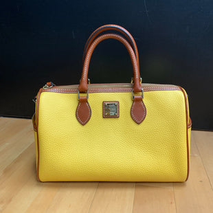 Primary Photo - BRAND: DOONEY AND BOURKE STYLE: HANDBAG DESIGNER COLOR: MELON SIZE: MEDIUM OTHER INFO: AS/IS-MISSING STRAP SKU: 257-257179-714