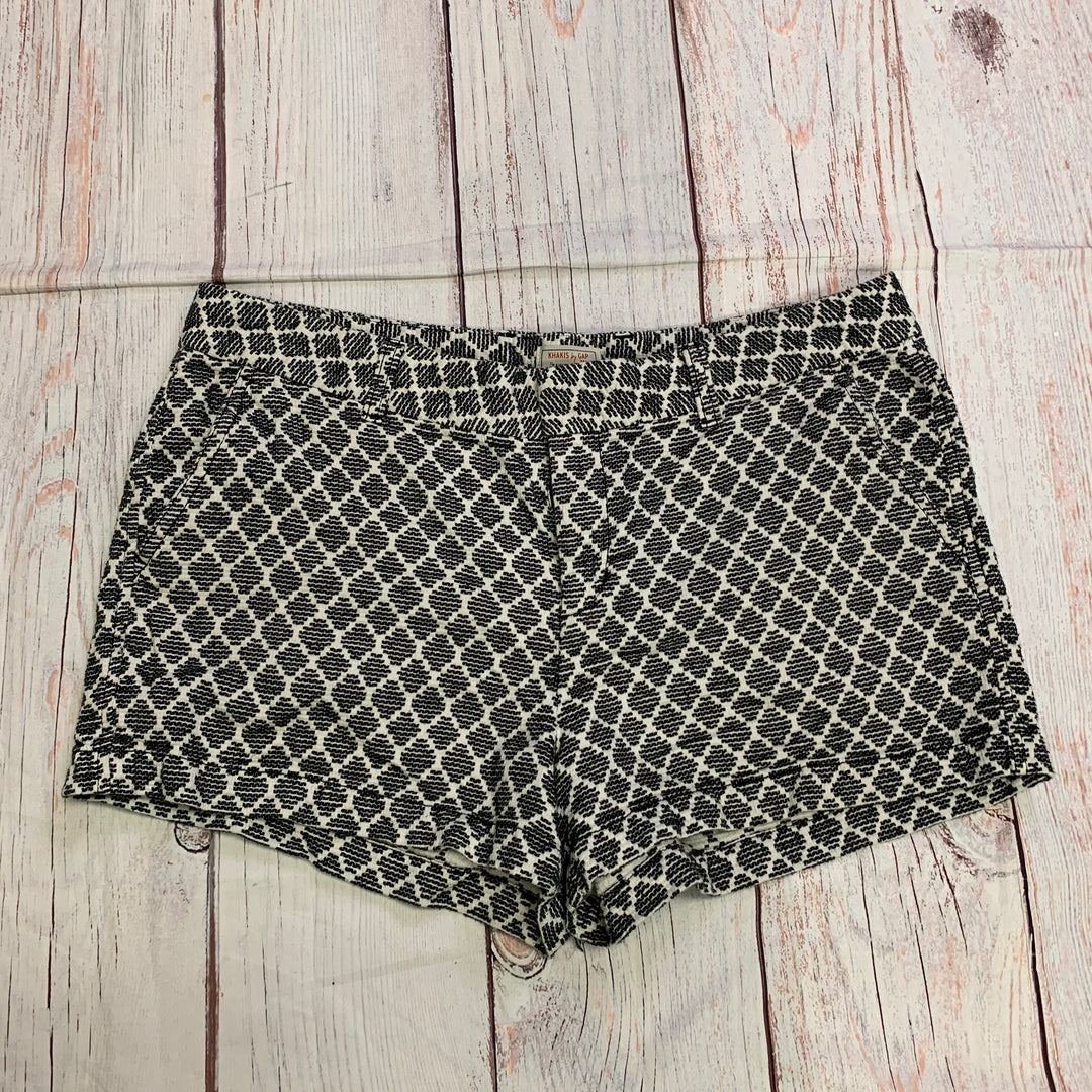 Primary Photo - BRAND: GAP <BR>STYLE: SHORTS <BR>COLOR: BLACK WHITE <BR>SIZE: 16 <BR>SKU: 257-257194-1604