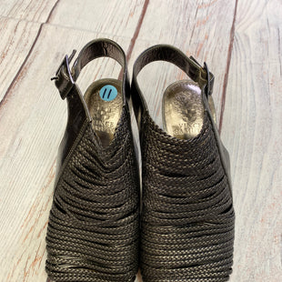 Primary Photo - BRAND: VINCE CAMUTO STYLE: SHOES LOW HEEL COLOR: SILVER SIZE: 11 OTHER INFO: ROPE FROINT SKU: 257-257103-273