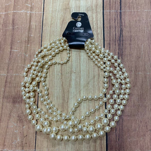 Primary Photo - BRAND:    CLOTHES MENTOR STYLE: NECKLACE COLOR: PEARL OTHER INFO: LAYERED SKU: 257-257153-429
