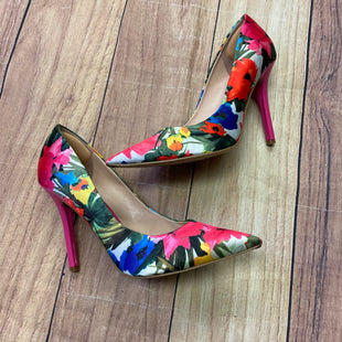 Primary Photo - BRAND: GUESS STYLE: SHOES HIGH HEEL COLOR: FLORAL SIZE: 8 SKU: 257-257100-774