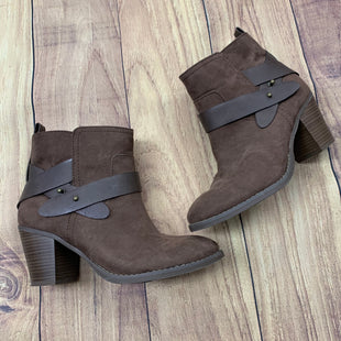 Primary Photo - BRAND: OLD NAVY STYLE: BOOTS ANKLE COLOR: BROWN SIZE: 8 OTHER INFO: LEATHER STRAPS SKU: 257-257100-110