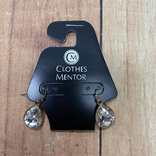 Primary Photo - BRAND:  CME STYLE: EARRINGS COLOR: GOLD OTHER INFO: DANGLING CLEAR CRYSTAL SKU: 257-257103-1472