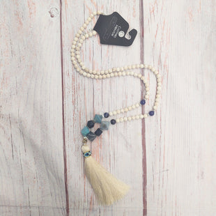 Primary Photo - BRAND:    NAKAMOLSTYLE: NECKLACE COLOR: WHITE OTHER INFO: NAKAMOL - TASSEL SKU: 257-25797-1542