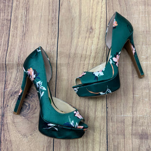 Primary Photo - BRAND: JESSICA SIMPSON STYLE: SHOES HIGH HEEL COLOR: GREEN SIZE: 5.5OTHER INFO: FLORAL PATTERN ON GREEN SKU: 257-257194-168