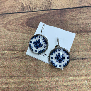Primary Photo - BRAND: MIMO PORTOSTYLE: EARRINGS COLOR: BLUE WHITE SKU: 257-25748-6217